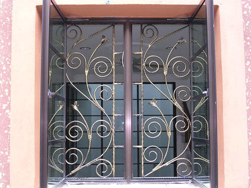 iron window grill 500x500 1